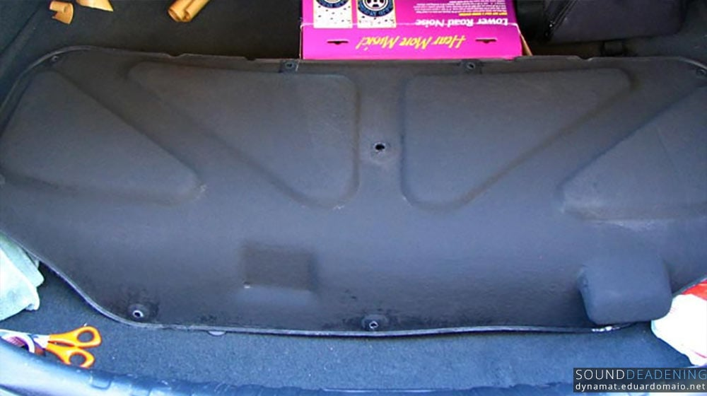 Brax eXvibration dry in the boot lid cover